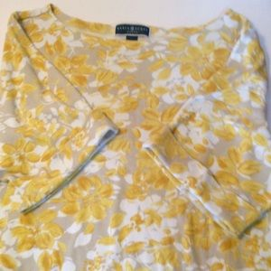 Adorable Karen Scott Woman T shirt